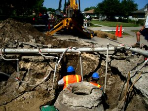 emergencysewerrepair large 300x225 Sewer Repair in Mustang, OK